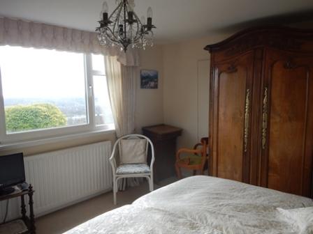 Ivory Room 3